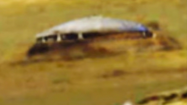 UFO on Mars that looks like a genuine real UFO.
