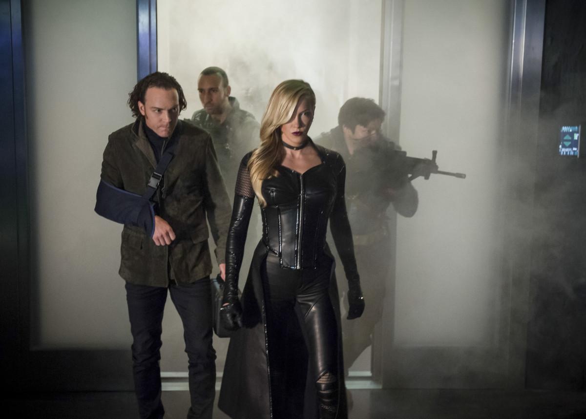 Katie Cassidy como Black Siren en Arrow de CW