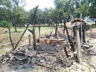 आग ने बर्बाद कर दिया, हुआ लाखों का नुकसान   #NayaSabera