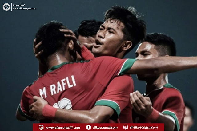 Muhammad Rafli Mursalim Berhasil Menyarangkan 2 Gol Dan Membawa Indonesia Unggul 4-0 Atas Singapura
