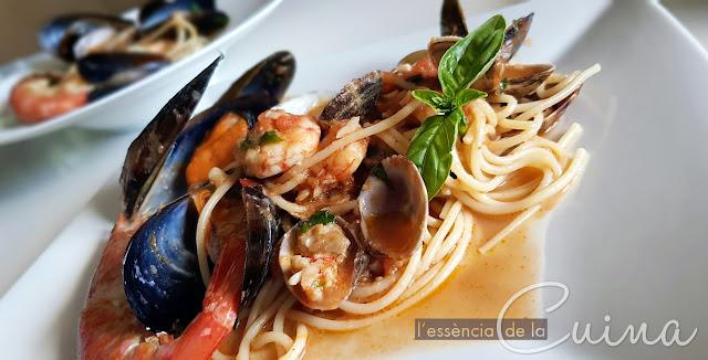 Spaghettata Marinera, Espaguetis a la Marinera, Spaguethi allo scoglio, Cuina Italiana, Cuina casolana, L'Essència de la cuina, blog de cuina de la Sonia