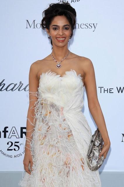 Bollywood Actress Mallika Sherawat Latest Hot Pics Actress Trend