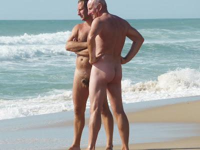 nudey beach island
