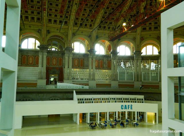 Salão Oval do Palau Nacional, Barcelona