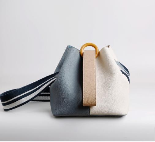 Stylish Ladies Handbag Never go out of Fashion