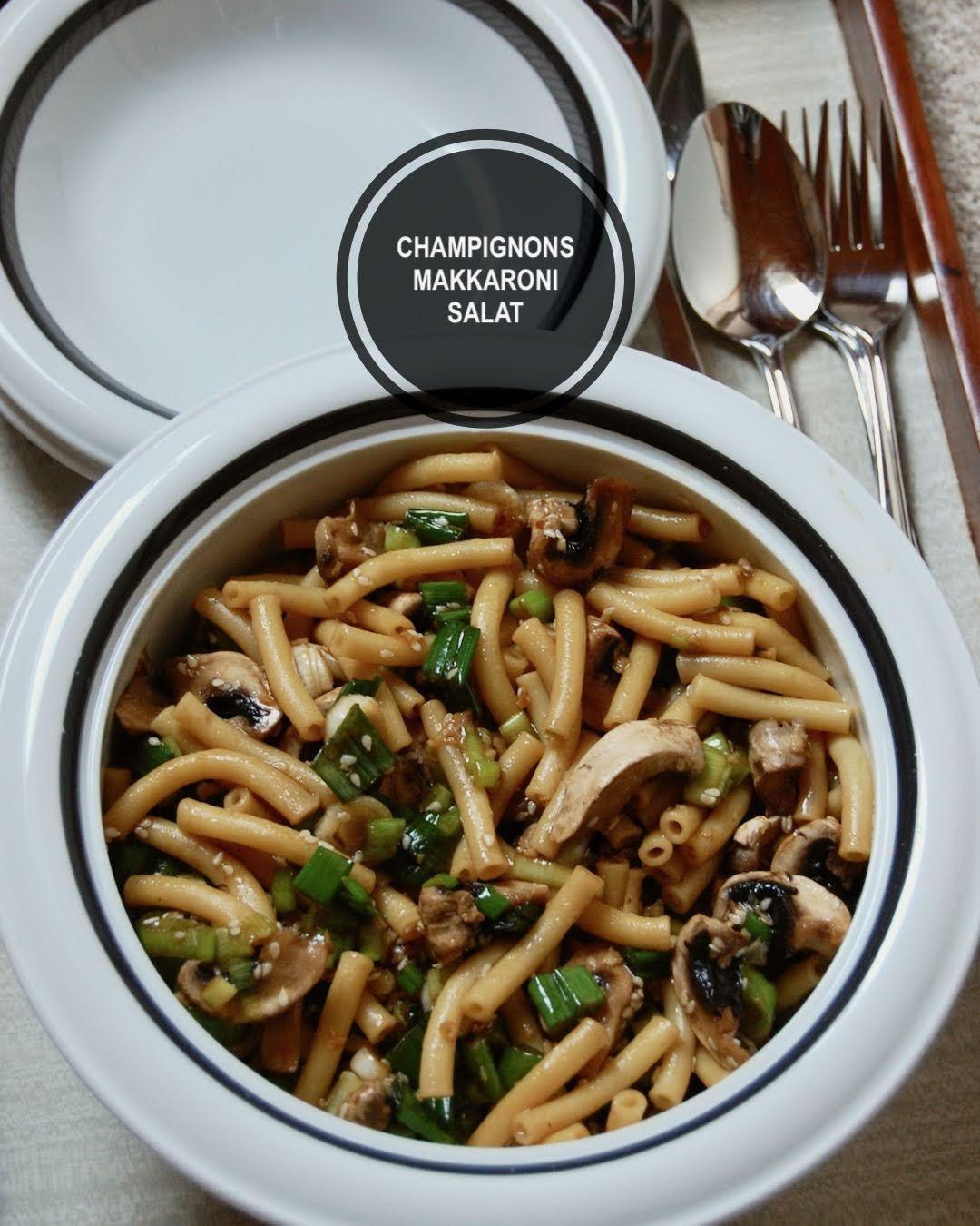 Asiatischer Champignons und Makkaroni Salat