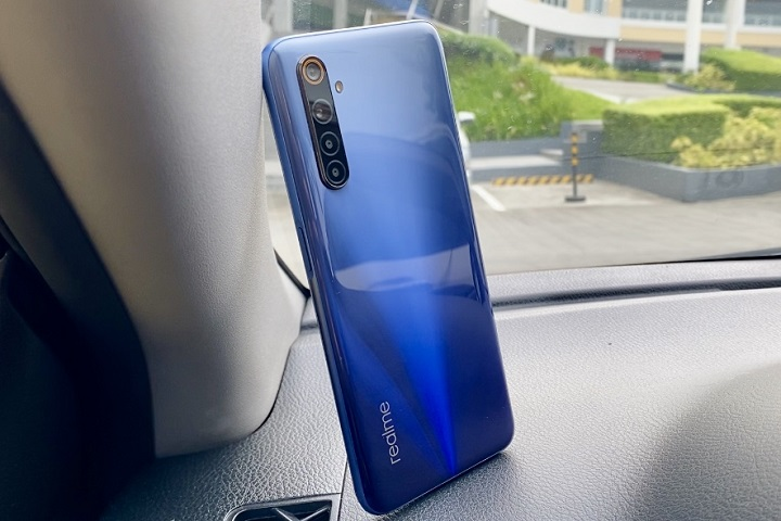 Realme 6, Most Affordable 90Hz display
