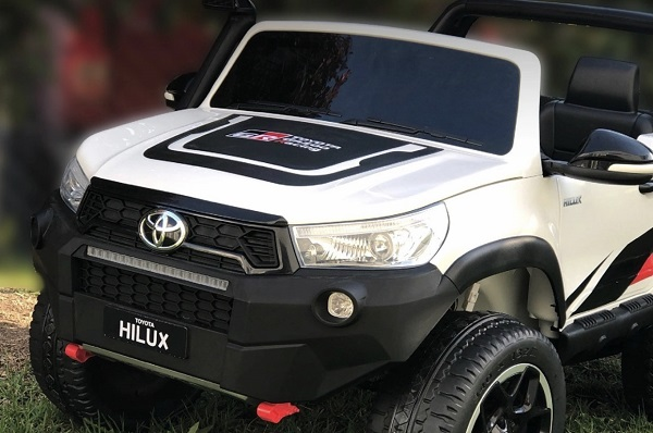 Toyota Hilux GR Sport Eléctrica para niños