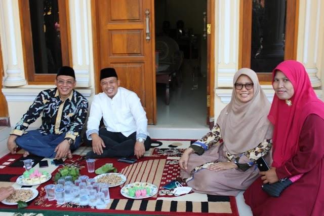 Dari Cemilan, Pernikahan Sampai Konsolidasi Pemenangan #CatatanUyun [16]