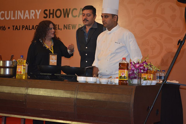 Celebrity Chef Nahid Osman & Gautam Mehrishi cooking with P MarkMustard Oil