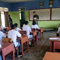 Peringati hari Hak Asasi Manusia, Satgas Yonif 754 Kostrad Memberikan Pengetahuan dan Wawasan Kepada Anak Sekolah di Edera