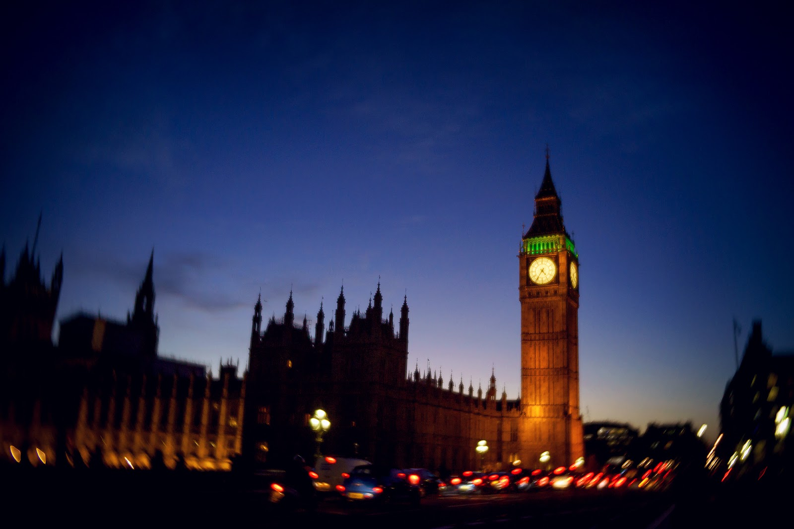 Lensbaby Velvet image of the Big Ben in London by Willie Kers