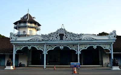 Sejarah Singkat Keraton Surakarta dan Tips Masuk Kesana