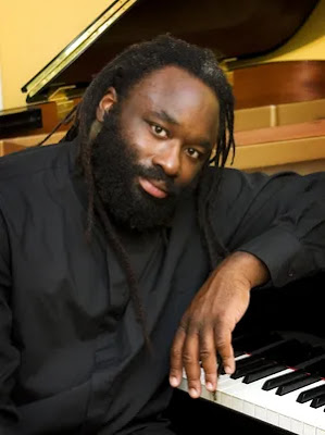 DesMoinesRegister.com: World-renowned concert pianist Awadagin Pratt will perform with the Des Moines Symphony for its Sept. 25 and 26 season debut