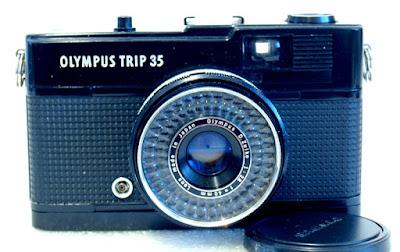 Olympus Trip 35, Front