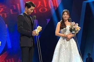 Song Joong Ki dan Song Hye Kyo Mendapatkan Penghargaan Tertinggi Artis Korea, Selamat Ya !