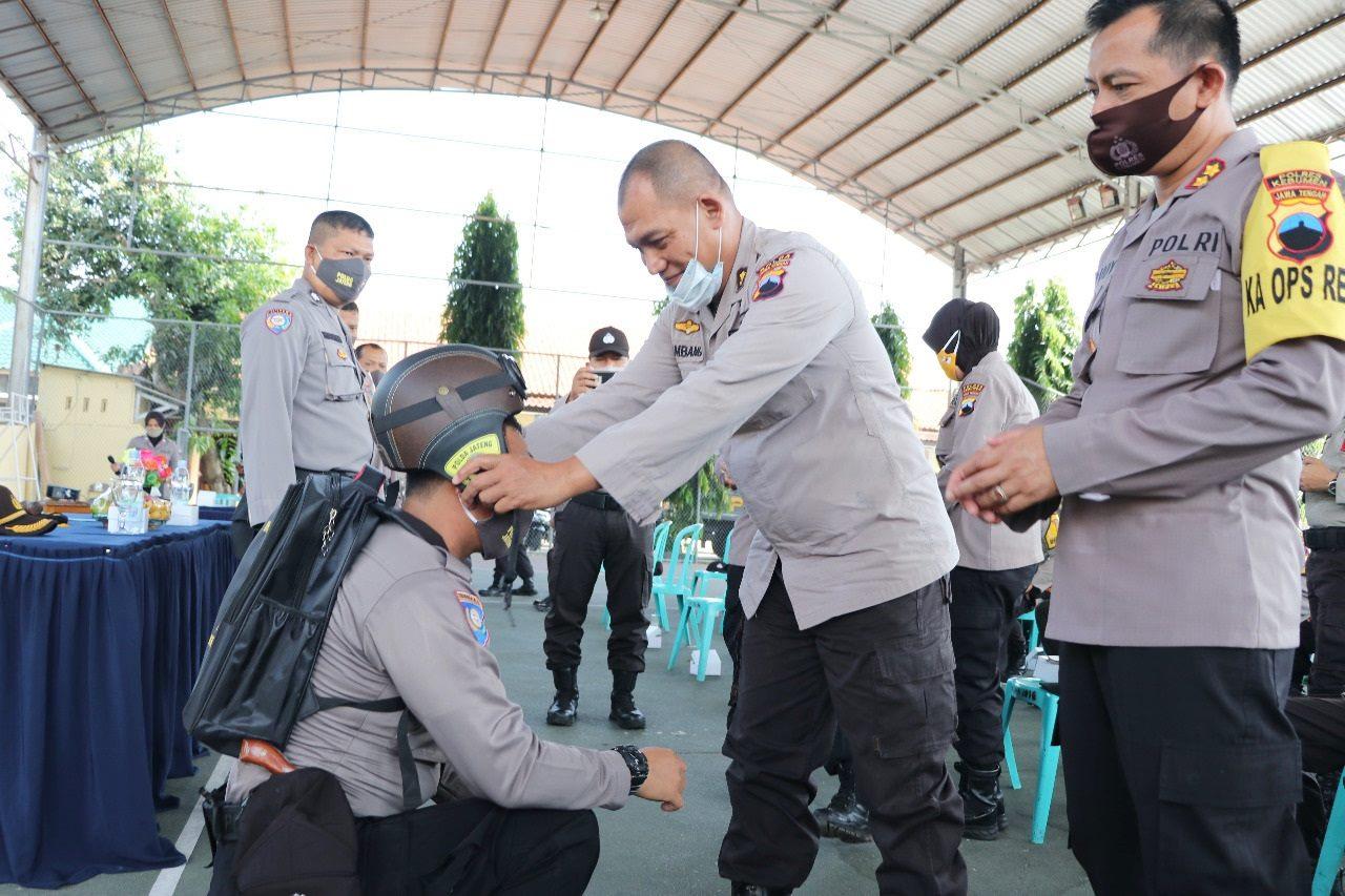 """Optimalkan Pelayanan, Polres Kebumen Kini Miliki 90 Pak Bhabin """"Viral"""""""