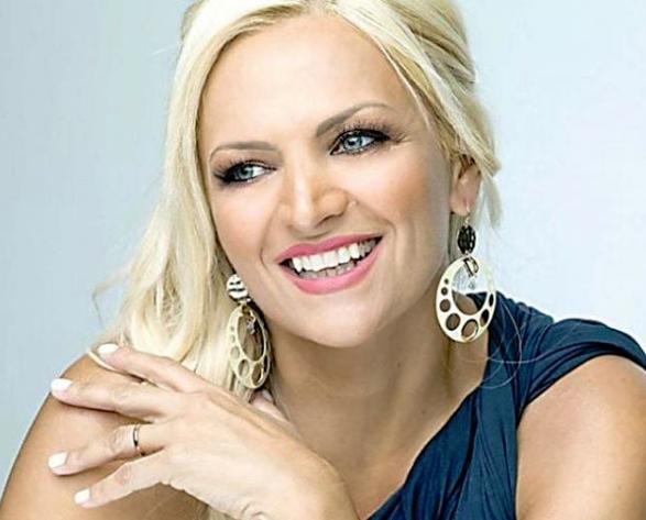 Στο Μακεδονία TV η Χριστίνα Λαμπίρη...