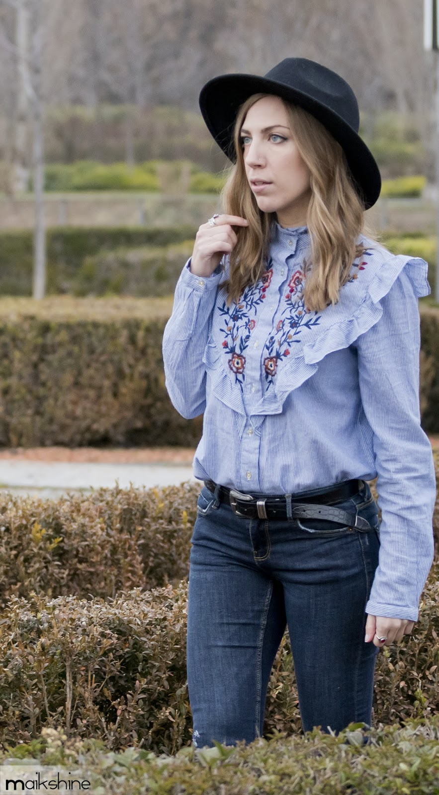 Embroidered shirt ootd
