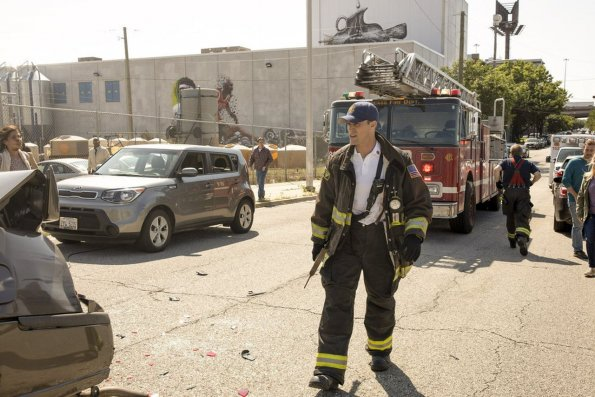"""chicago fire episode 805 buckle up promotional photo 13 595 - Chicago Fire (S08E05) """"Buckle Up"""" Episode Preview"""