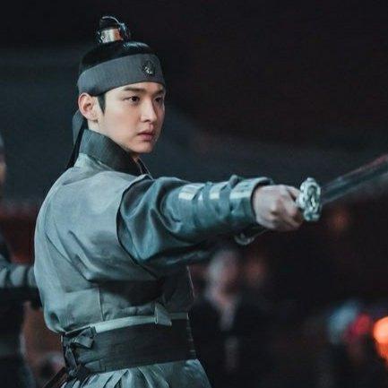 Jang Dong-Yoon as Pangeran Chungnyeong : Drama Korea Joseon Exorcist