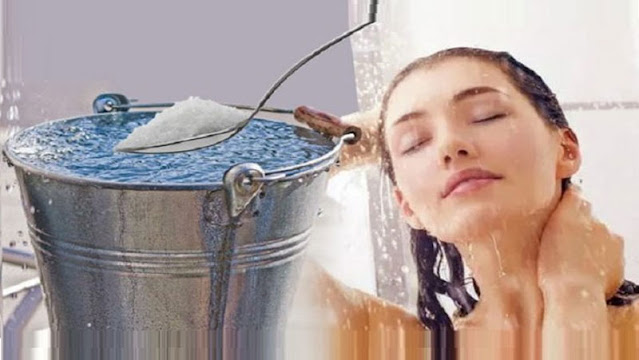 नहाने के पानी में करे इनका इस्तेमाल, खूबसूरत और चमकदार बनेगी त्वचा