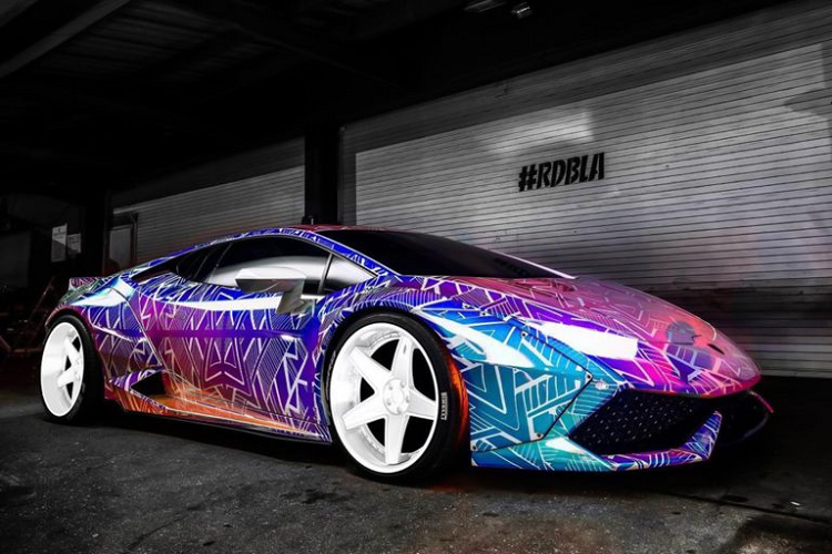 Ngắm Lamborghini Huracan Liberty Walk màu độc của Chris Brown