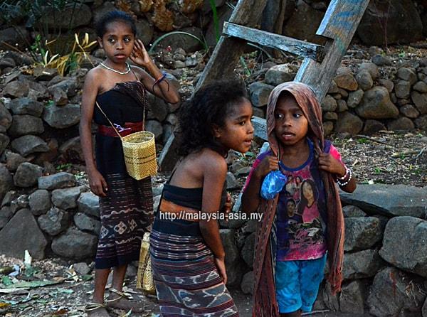Kids Alor Island