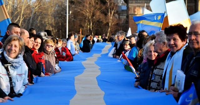 Írdalá.hu: Litvánia és Horvátország napközben együtt fut be