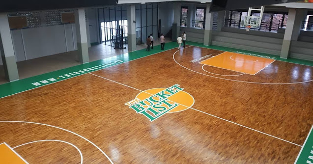 lantai olahraga