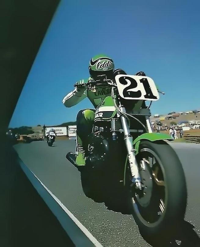 Eddie Lawson aboard his Kawasaki KZ1000R Superbike