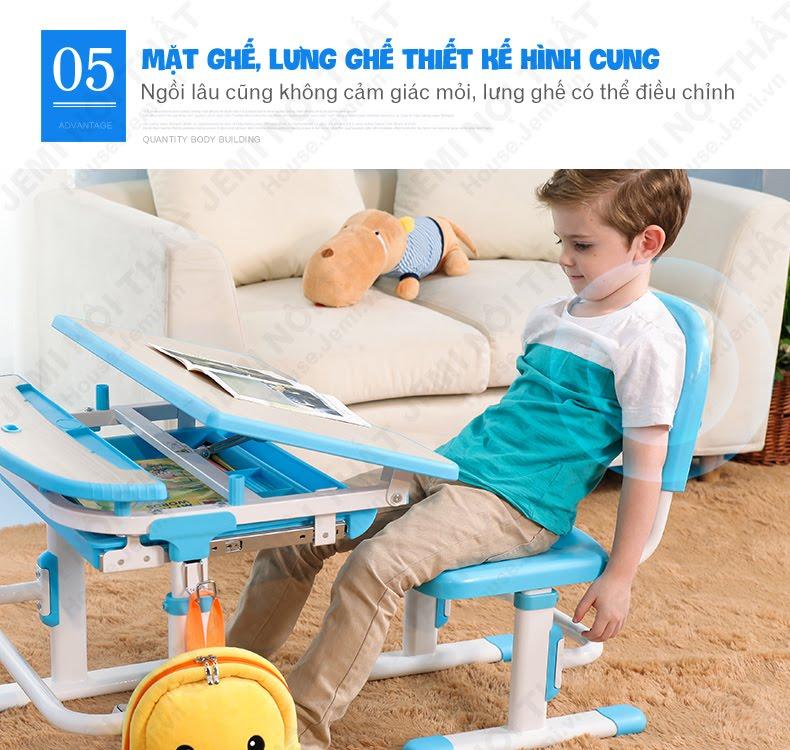 bàn học thông minh cho bé có thiết kế ghế hình cung