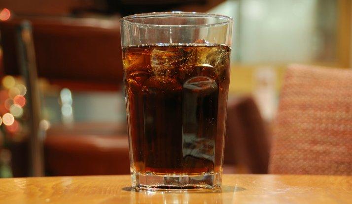 دراسة تفيد أن المشروبات الغازية أحد المُسببات المحتملة السرطان