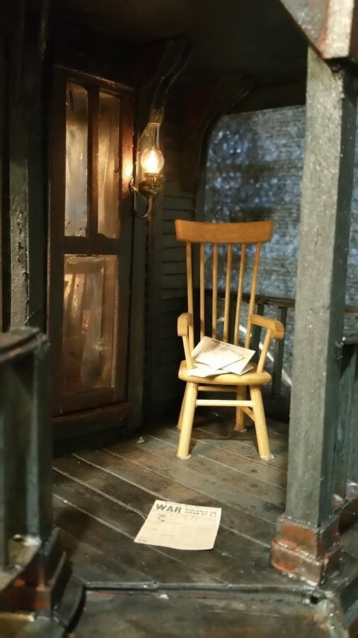 10-Chair-on-the-porch-Greggs-www-designstack-co