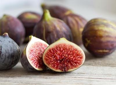 Bài thuốc chữa bệnh viêm đại tràng hiệu quả và tiết kiệm từ quả sung
