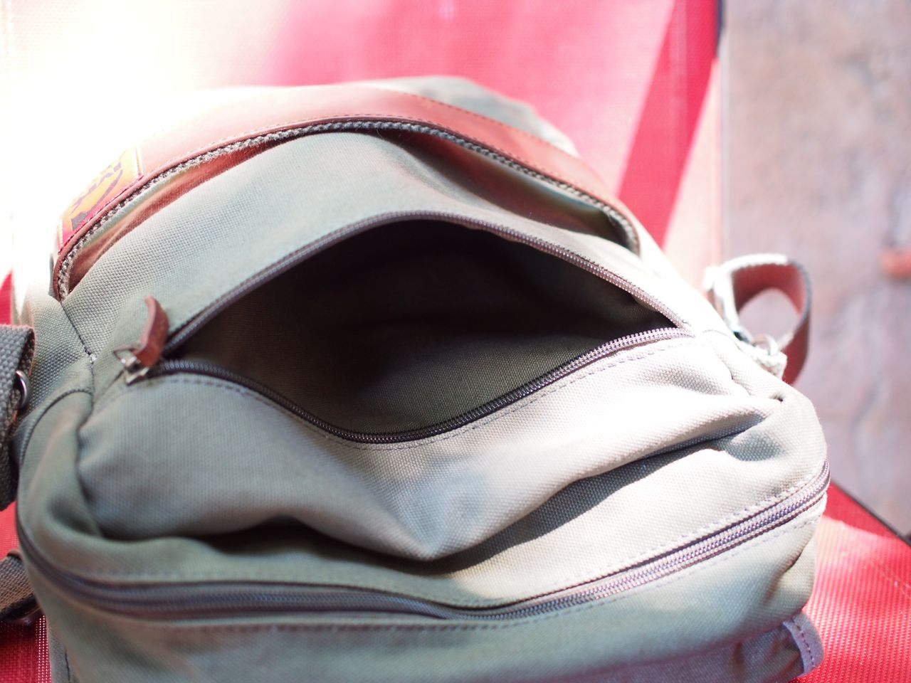 And Of Course A Laptop In The Padded Sleeve I Ve Carried Either 13 Macbook Pro Retina Or 15 Mountain Khakis Field Bag