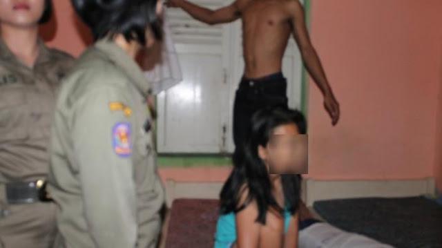 Lagi Lagi Dua Pelajar Tertangkap Mesum Di Rumah Kosong Pelalawan Riau !