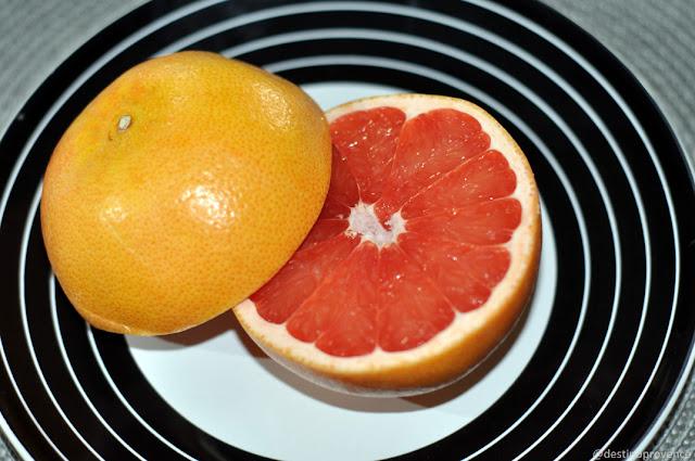 Toranja, red grapefruit, pamplemousse rose