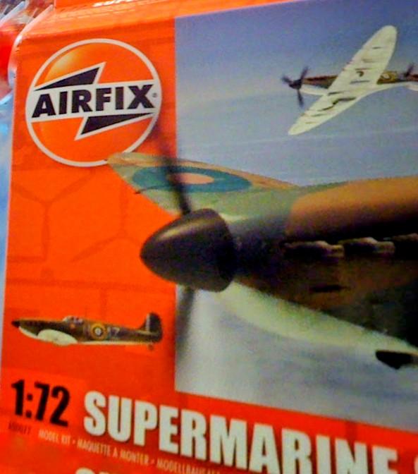Airfix Spitfire model box