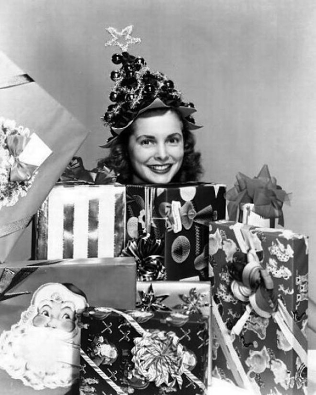 vintage christmas tree costumes the unique fashion styles you have never seen before vintage everyday