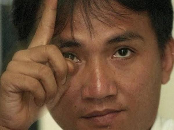 Andi Arief Sebut Ada Mantan Kader PD Nyaris Tersambar Petir di Hambalang