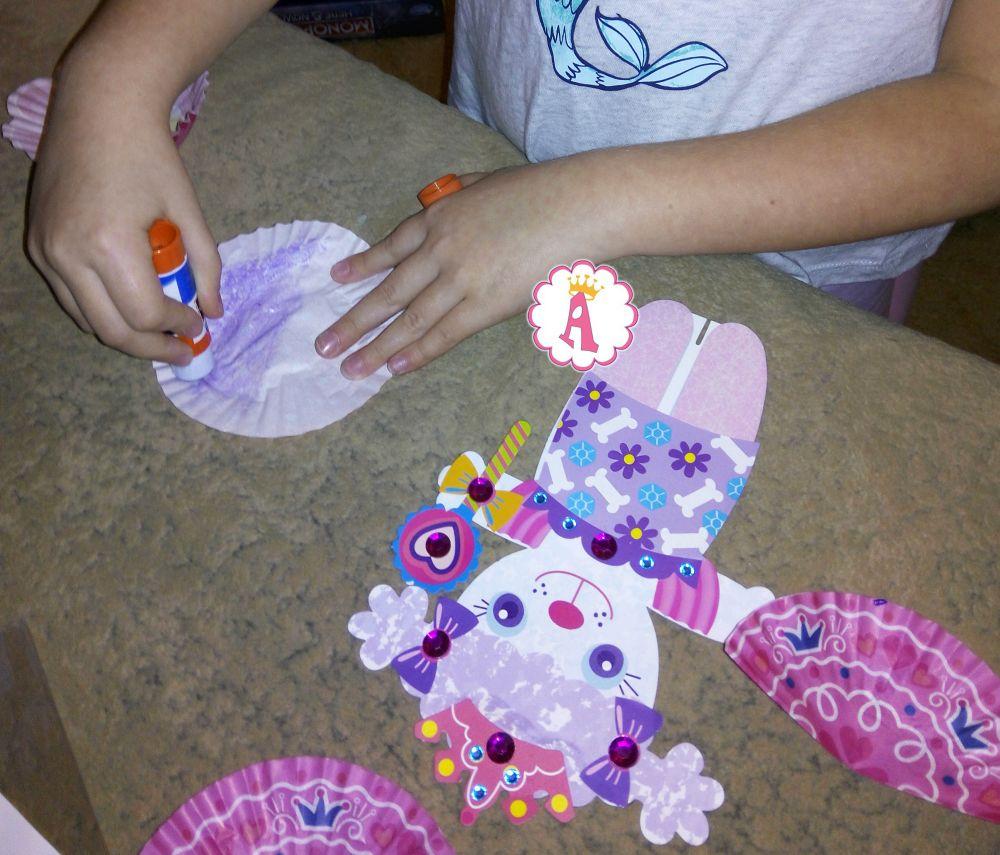 Как сделать куклу из бумаги с одеждой Alex Craft Toys