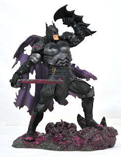 Toy Fair 2020 Diamond Select DC Gallery Metals Batman 1