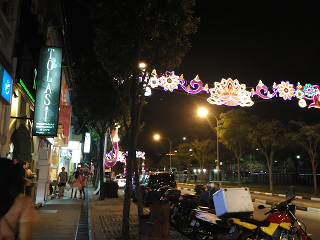 little india singapore dan mustafa center