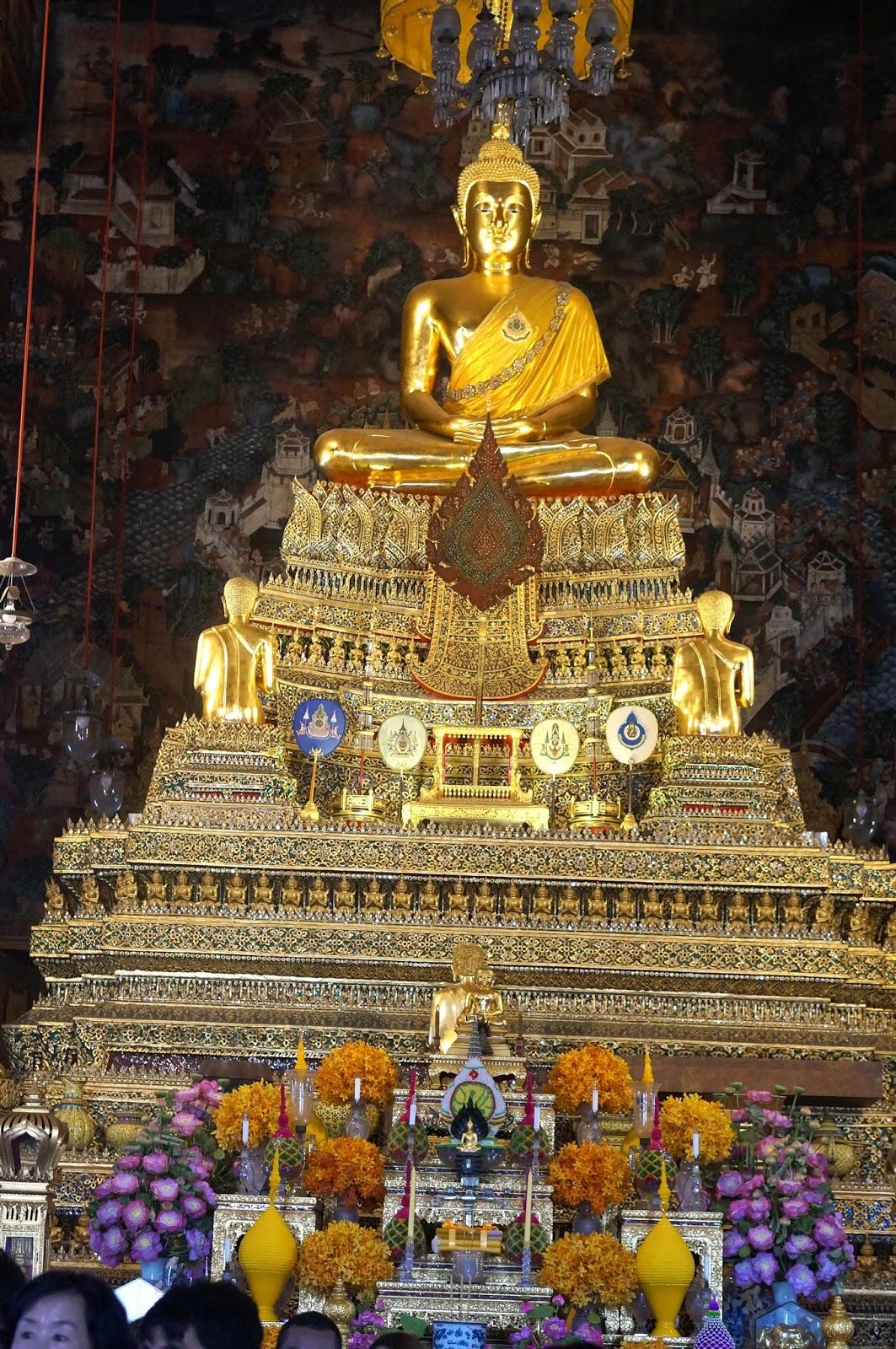 Phra Ubusot & Walk with Cham: Wat Pho Bangkok Thailand islam-shia.org