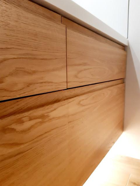 szafka pod umywalkę podwieszana; szafka umywalkowa na wymiar; szafka łazienkowa podświetlana