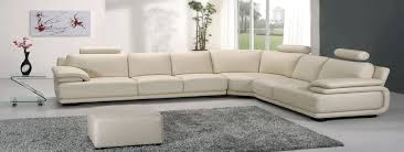 Cara Membersihkan Sofa Berbahan Kain