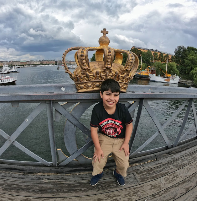 Skeppsholmsbron - a ponte das coroas