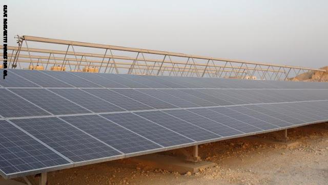 قطر توقع اتفاقية لبناء أول محطة للطاقة الشمسية بقيمة 467 مليون دولار