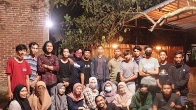 Kampoeng Komunikasi Vol.I Adakan Dialog Publik Bersama Pemuda Desa Paraikatte
